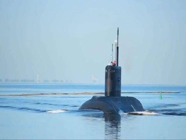 Tàu ngầm Việt Nam thử nghiệm tại nhà máy Admiralty