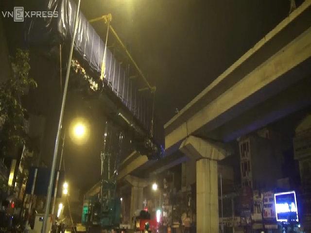 Lắp đặt tầu đường sắt Cát Linh - Hà Đông nhìn từ camera bay