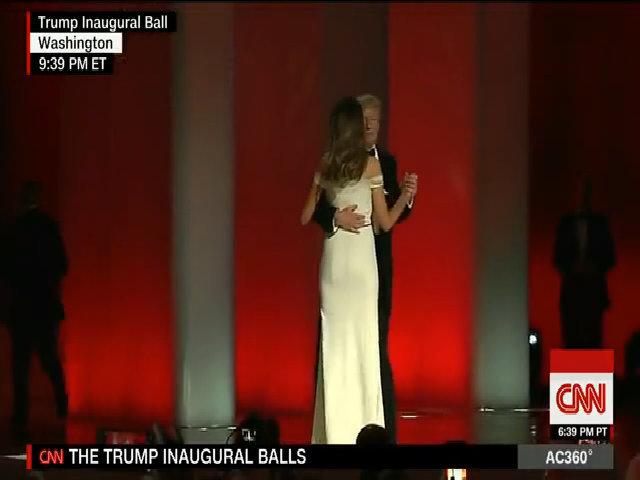 Trump và vợ khiêu vũ trong ngày nhậm chức