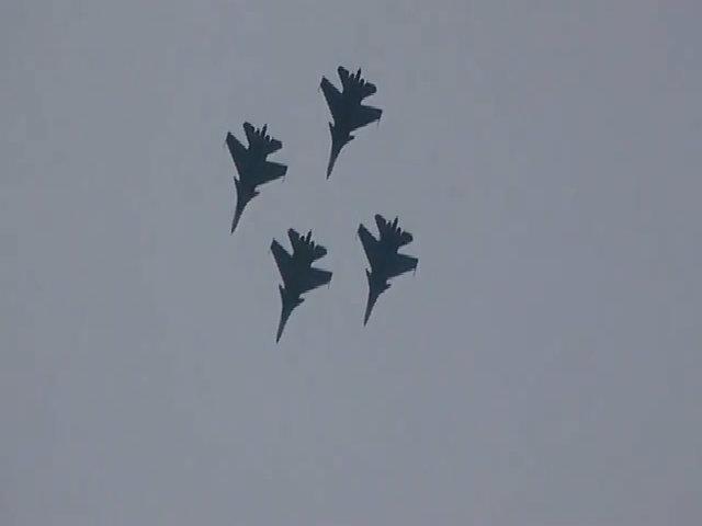 Tiêm kích Su-30 Nga khoe tài ở triển lãm hàng không Malaysia