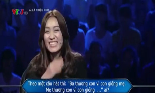 Người đẹp dở khóc dở cười vì câu hỏi nhạy cảm của Ai là triệu phú