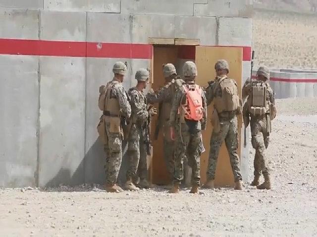 Buổi huấn luyện tác chiến đô thị của lính thủy đánh bộ Mỹ