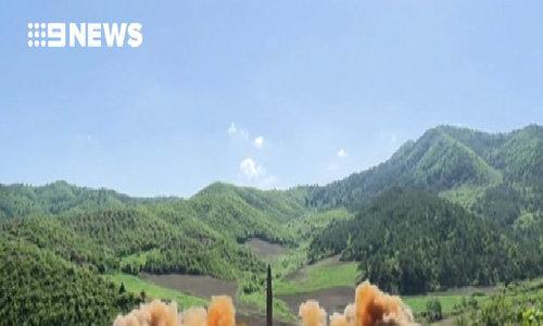 Triều Tiên công bố video phóng tên lửa đạn đạo liên lục địa