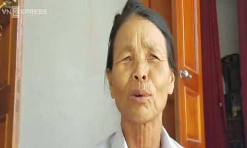 Nông dân Hà Tĩnh 'khóc ròng' vì lạc mất mùa, rớt giá