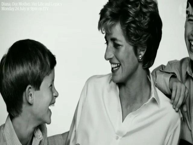 Anh em Hoàng tử William lần đầu tiên nói về Công nương Diana
