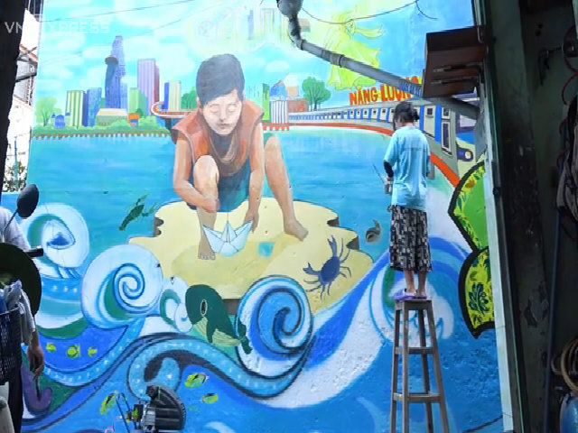 Sinh viên cùng vẽ mới những con hẻm Sài Gòn