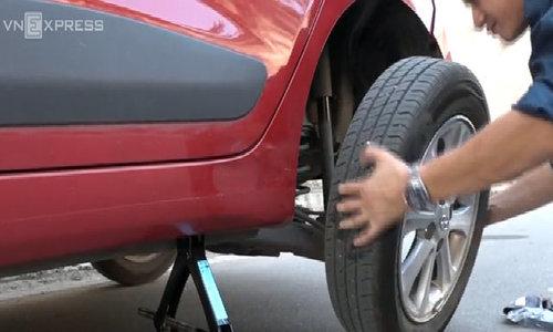 Quy trình thay lốp ôtô