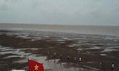 Nghề cào nghêu xuất khẩu trên bến Ba Lai