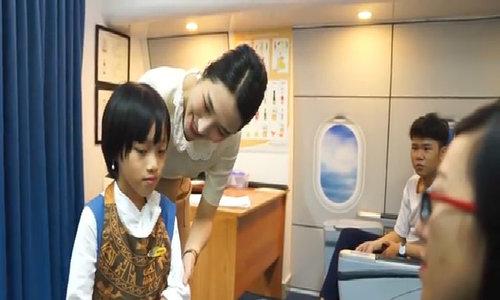 BÉ Thảo Nguyên ước mơ trở thành tiếp viên hàng không
