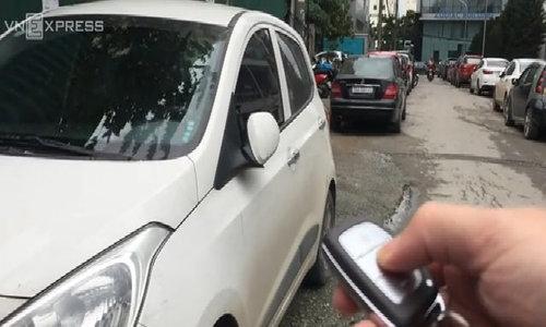 Cách nổ máy ôtô khi chìa khóa hết pin?