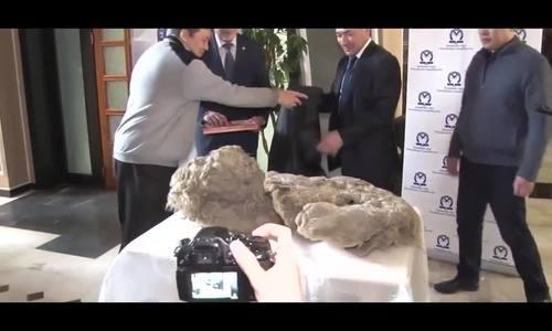 Xác ướp tê giác duy nhất còn nguyên vẹn từ kỷ Băng hà