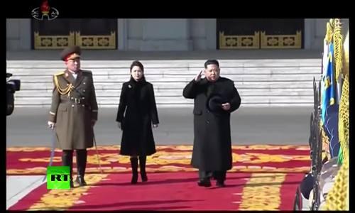 Cận cảnh màn diễu binh quy mô của Triều Tiên trước thềm Olympic