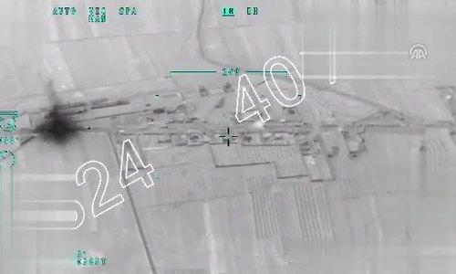 Thổ Nhĩ Kỳ pháo kích đoàn xe thân chính phủ Syria tiến vào Afrin