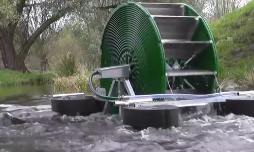 Thiết bị bơm 43.000 lít nước mỗi ngày mà không cần điện
