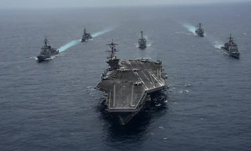 Tàu sân bay Carl Vinson diễn tập cùng tàu chiến Nhật