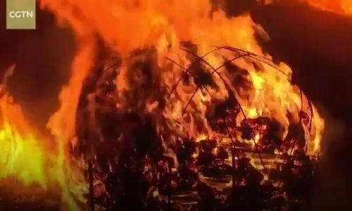 Dân đảo Jeju đốt trụt đồng tổ chức lễ hội lửa