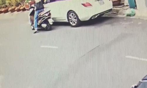 Tôi tìm được gương Mercedes bị trộm sau 5 phút báo công ty bảo hiểm