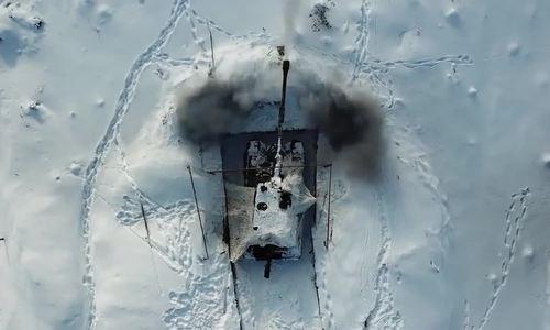 Pháo binh Nga biểu diễn bắn 'trăm phát trăm trúng'
