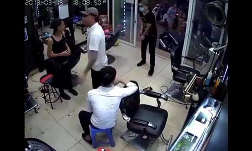 Nam chủ tiệm tóc nghi bị bắn trọng thương
