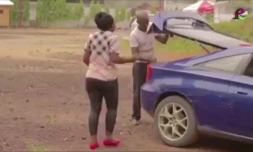 Ông chồng tá hỏa khi vợ mình bị người khác bế đi