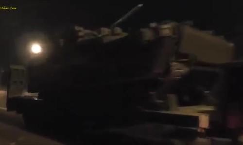 100 xe chở vũ khí duyệt binh Nga tiến vào thủ đô