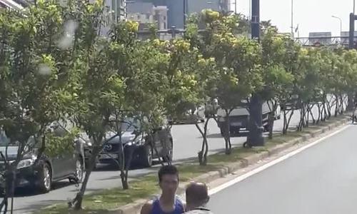 'Thượng đài boxing' sau va quẹt xe: người Việt hung hăng trên đường?