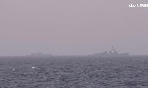 Chiến hạm Nga bám đuổi tàu sân bay Mỹ trên Địa Trung Hải