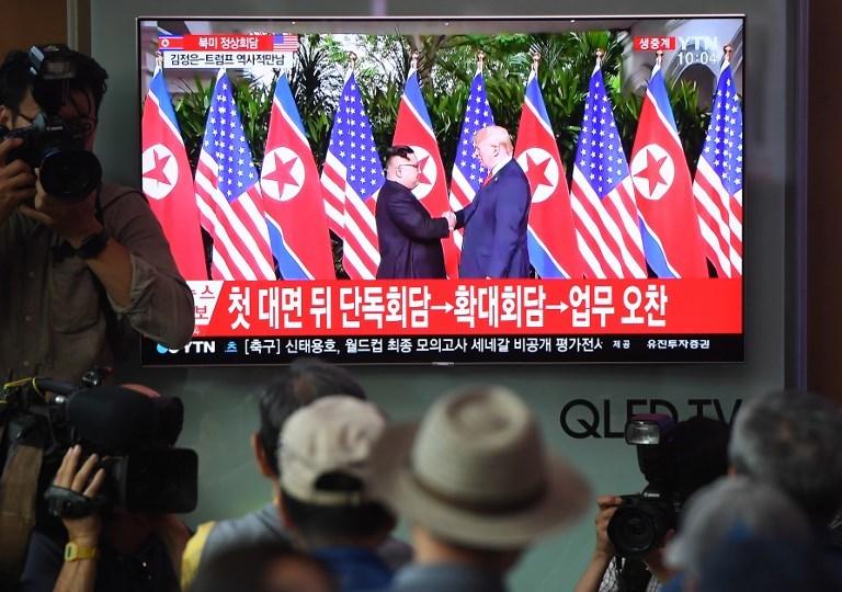Người dân thế giới theo dõi hội nghị Mỹ - Triều