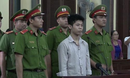 Gã làm công sát hại 5 người trong gia đình ở Sài Gòn hầu tòa
