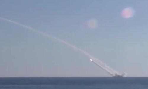Philippines muốn mua tàu ngầm 'hố đen đại dương' của Nga