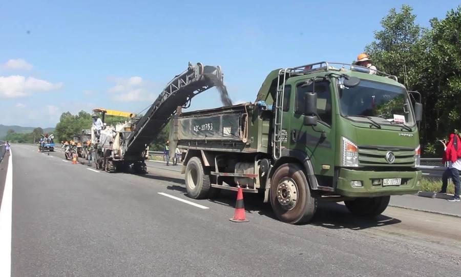 Bóc mặt đường cao tốc 34.000 tỷ để thảm lại nhựa