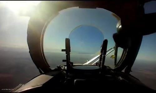 Phi công trực thăng Ukraine công bố video bắn rơi UAV Nga