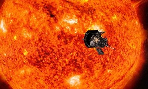 Tàu thăm dò NASA phá kỷ lục tới gần Mặt Trời nhất