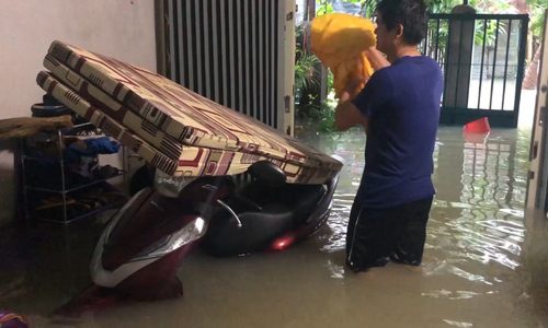 Video flooded in Khanh Hoa