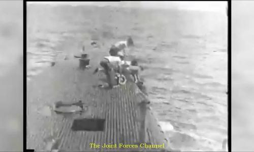 Cảnh tàu ngầm giải cứu cựu tổng thống Bush 'cha' trong Thế chiến II
