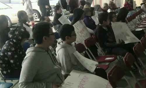 Người Việt ở New Orleans biểu tình phản đối lệnh trục xuất của Trump