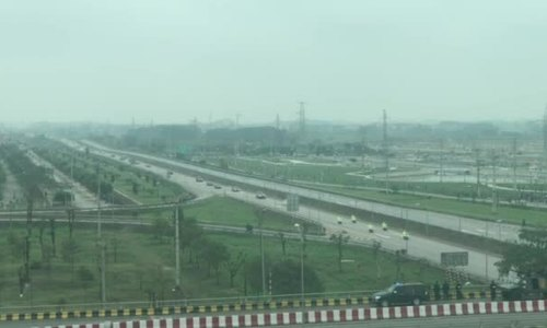 Đoàn xe Kim Jong-un đi qua Bắc Giang
