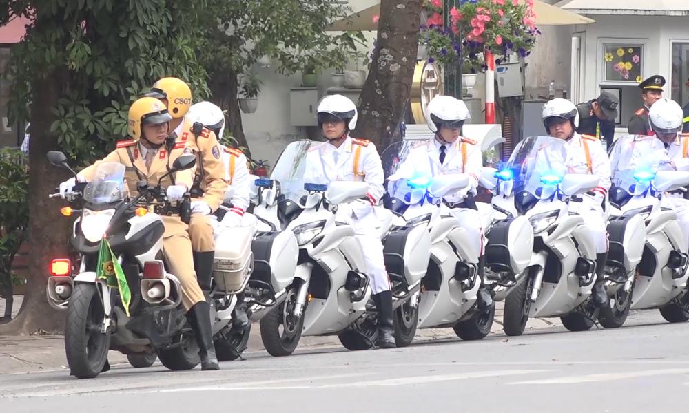 Đoàn môtô dẫn đường cho phái đoàn Mỹ - Triều