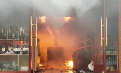 Cháy khách sạn ở Hải Phòng