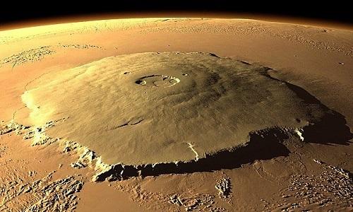 Olympus Mons - núi lửa lớn nhất hệ Mặt Trời