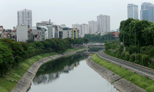 Sông Tô Lịch 'không thể cống hóa'