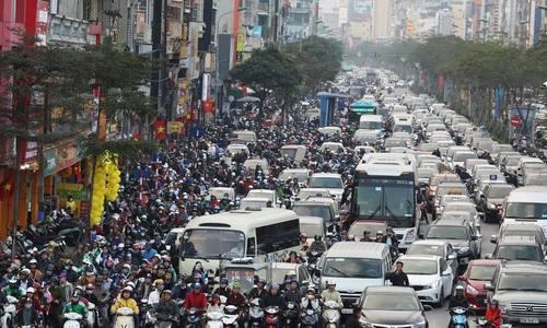 Chuyên gia đề xuất Hà Nội hạn chế xe máy theo tuyến đường - ảnh 2