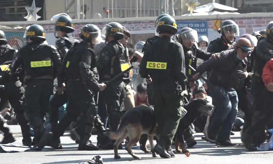 Diễn tập chống khủng bố, bắt cóc con tin