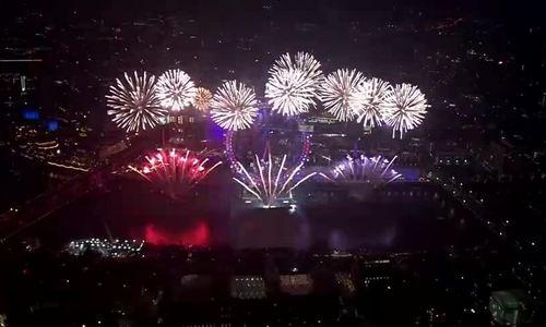 Pháo hoa mừng năm mới 2020 tại London