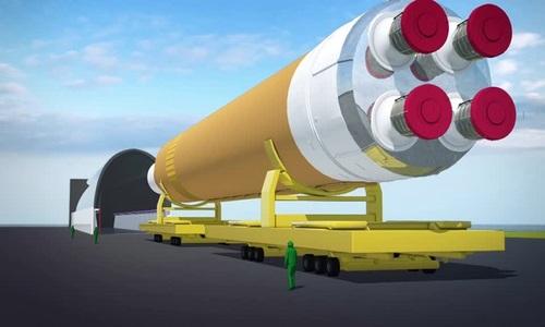 Hành trình vượt sông của tên lửa đẩy lớn nhất thế giới
