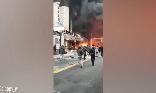 Cháy lớn tại nhà ga Paris - ảnh 1