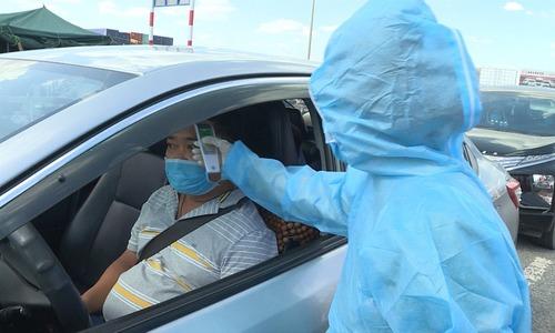 62 chốt kiểm tra y tế người vào TP HCM