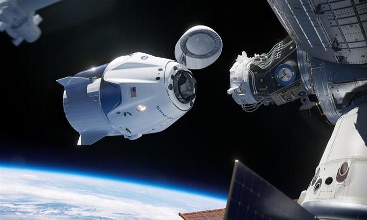 Chuyến bay có người lái đầu tiên của SpaceX lên trạm ISS