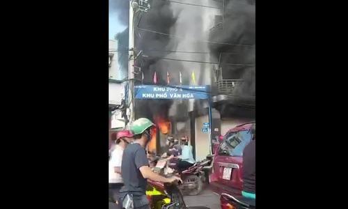 Cháy Lê Trọng Tấn
