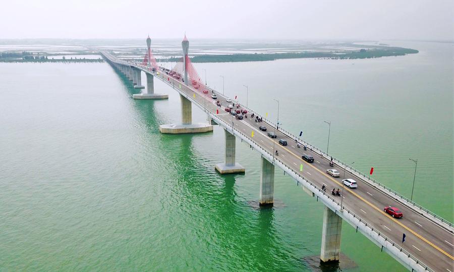 Thông xe cầu Cửa Hội